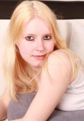 FFGV-Girl: Trinity 2000TG - Zierlich, blond und doch so versaut